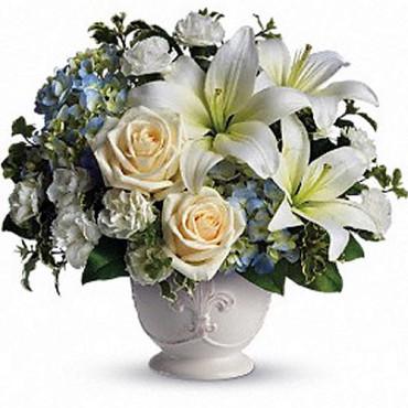 Custom_Designs_Beautiful_Dreams_T209-1A-11_Lougheed_Flowers_Florist_Sudbury