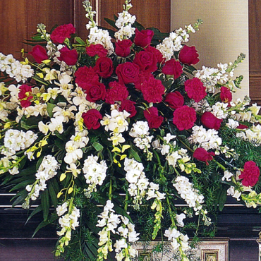 Funeral_Casket_Flowers_Cherished-Moments_Lougheeds_flowers_florist_sudbury