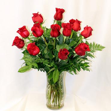 Roses_Vase_12_Lougheed_Flowers_Florist_sudbury