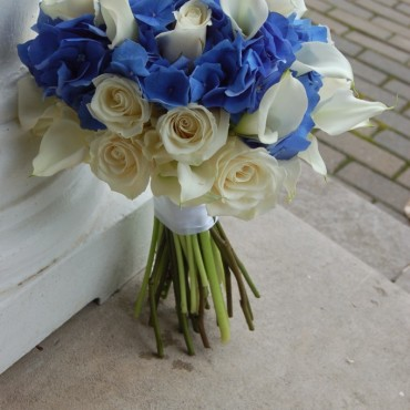 Wedding_Flowers_Blue-Elegance_Lougheed_Flowers_Florist_Sudbury