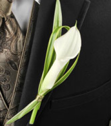 Classy Candlelight Boutonniere