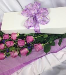 Lougheed Flowers Premium Dozen Roses Boxed * Mauve