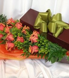 Lougheed Flowers Premium Roses * Orange